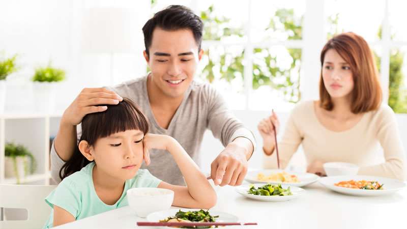 Family Eating Kid Sad